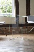 Low Iron Bonded Prism Glass Dining Table