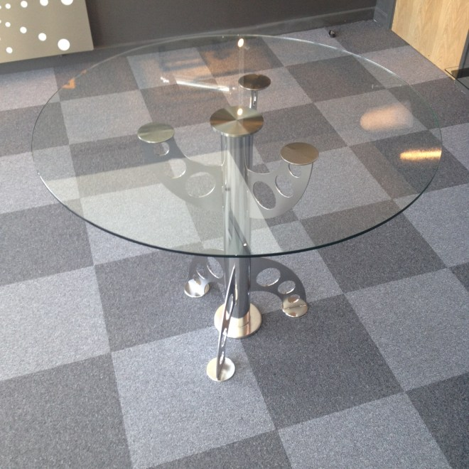 THE DaRo TABLE