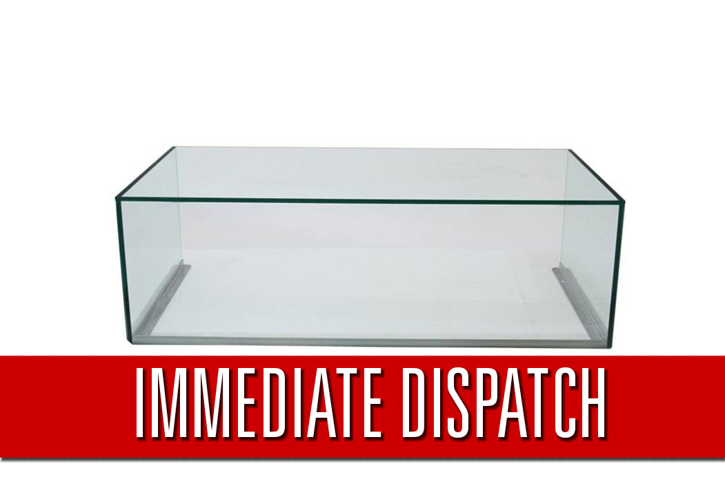 Clearance Sneeze Counter W: 500mm x D: 500mm x H: 330mm - Clear Low Iron Glass